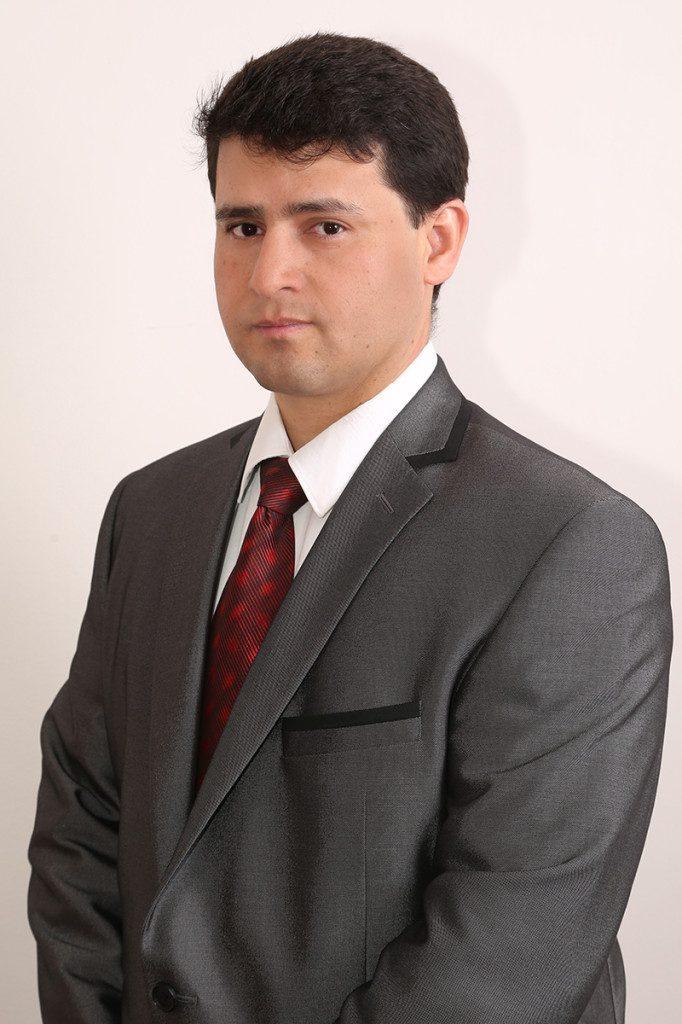 Consultor-Omar-07.2014